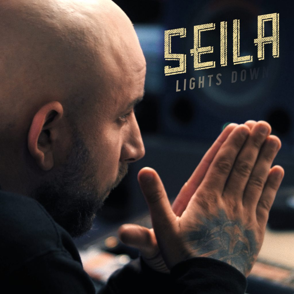 Seila_Lights_down_cover_single_Christopher_seiler_hände